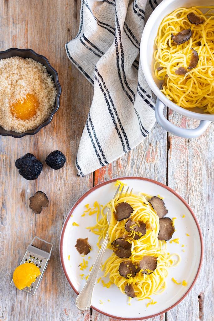 tartufo nero e uovo marinato.